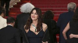 Herečka Monica Bellucci v kreácii Christian Dior Haute Couture.