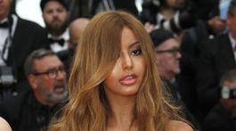 Francúzska celebritka a bývalá luxusná spoločníčka Zahia Dehar.