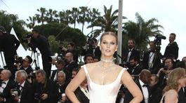 Nemecká topmodelka Toni Garrn v kreácii Ulyana Sergenko Haute Couture.