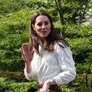 Nie je až také výnimočné uzrieť vojvodkyňu Kate v nohaviciach a ležérnom outfite, ale jej posledná voľba bola skutočne pôvabná.
