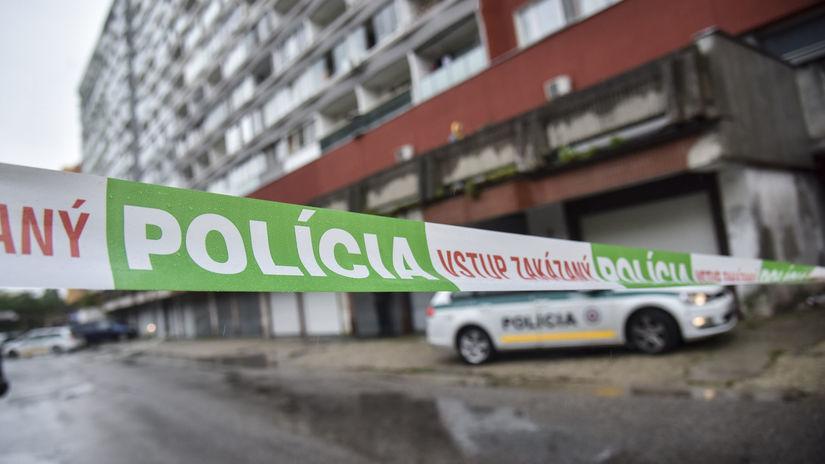 polícia streľba Bratislava Petržalka Holíčska...