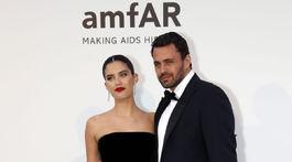 Portugalská modelka Sara Sampaio a jej partner Oliver Ripley.