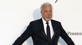 Spevák Tom Jones.