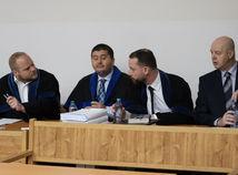 Černák a Kaštan priznali vinu v kauze prípravy vraždy Volzovej, Rusko vinu odmieta