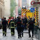 V Lyone vybuchla nastražená bomba, Macron to označil za útok