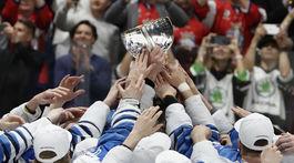 Fínski hokejisti radosť