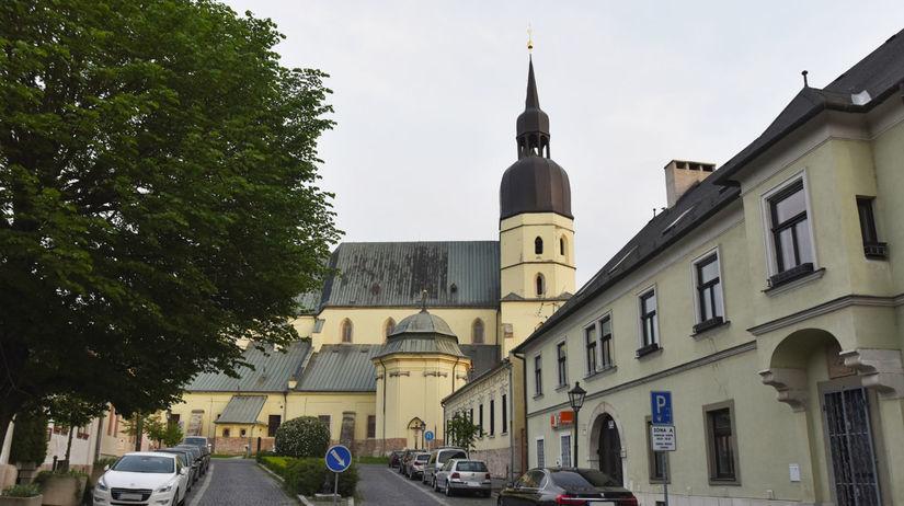 Trnava / kostol / Bazilika sv. Mikuláša /