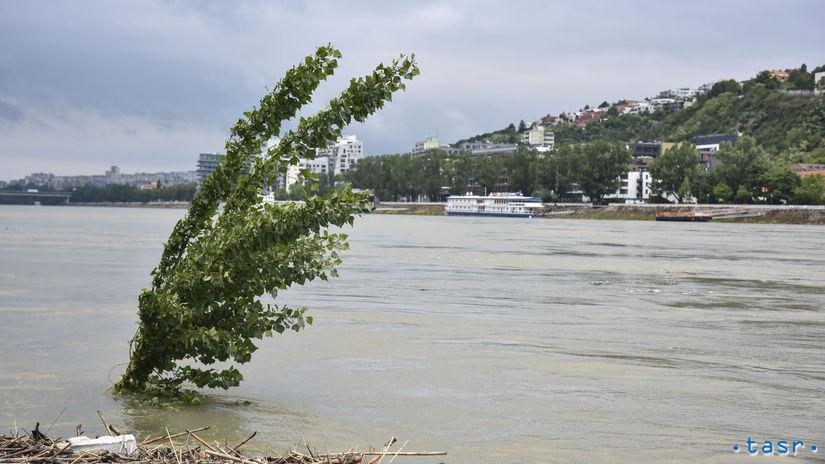 Bratislava Počasie Dunaj Hladina Zvýšená voda...