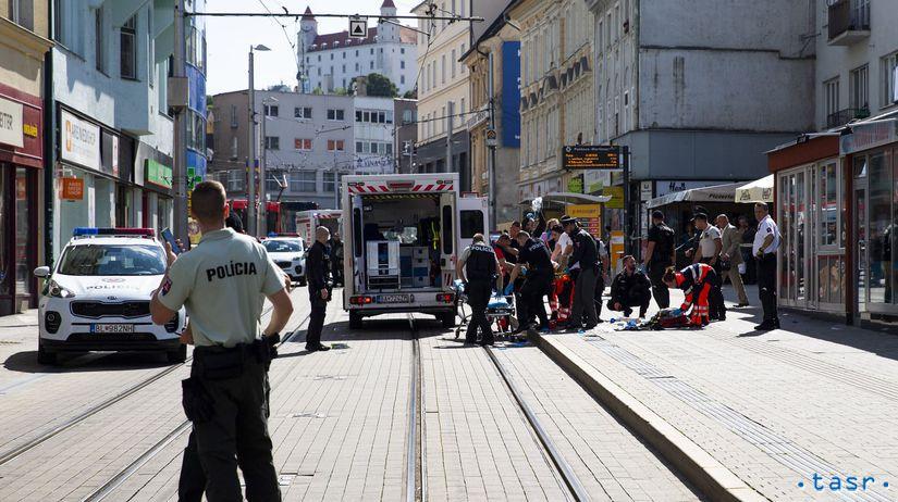 Bratislava / polícia / streľba / Obchodná ulica /