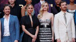 James McAvoy, Jennifer Lawrence, Sophie Turner a Michael Fassbender