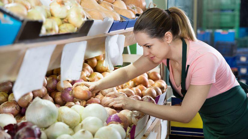 dievča, predavačka, brigáda, supermarket,...