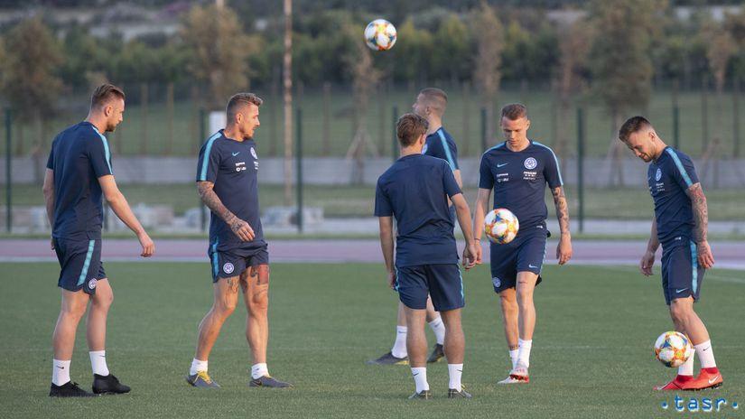 slovenskí futbalisti, tréning