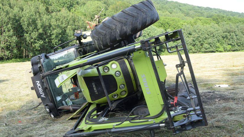 traktor, zavalenie, smrť