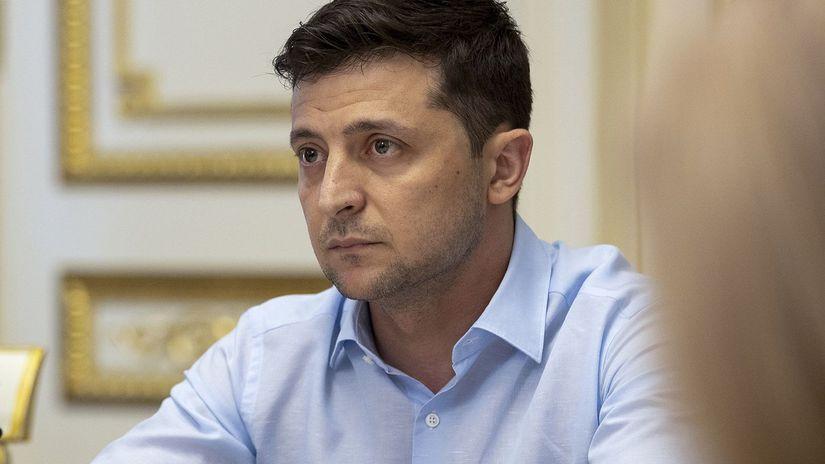 Ukrajina / predčasné voľby / termín /