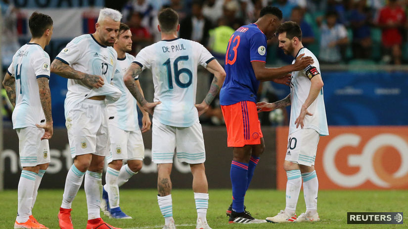 Lionel Messi, Yerry Mina
