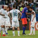 Lionel Messi, Yerry Mina