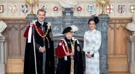 Britská kráľovná Alžbeta II. (v strede) so španielskym kráľom Felipem VI a jeho manželkou - kráľovnou Letiziou.