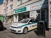 polícia, obchodná ulica