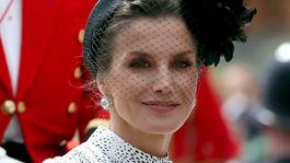 Španielska kráľovná Letizia bola neprehliadnuteľná a veľmi elegantná.