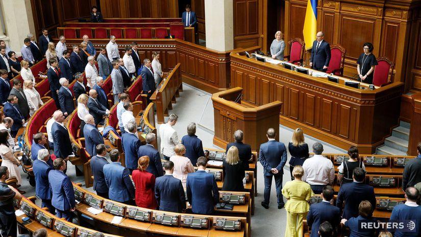 Ukrajinský parlament ukrajina