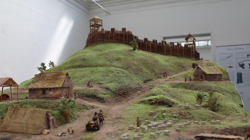 model hradiska, lužická kultúra