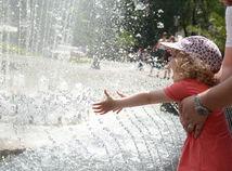 fontána, dieťa, horúčavy