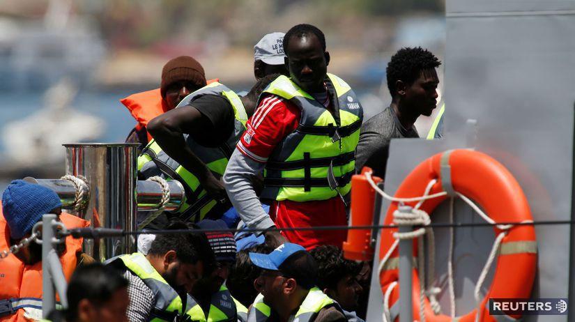 Európa / migranti /