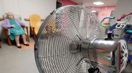 horúčavy&, Francúzsko, ventilátor