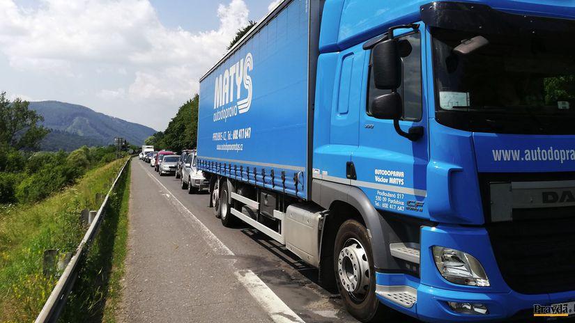 kolóna, autá, cesta, kamión