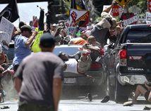 Charlottesville, james alex fields, auto, narážať, vraziť, dav, ľudia, demonštrácia