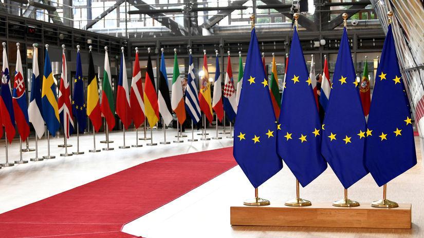 EÚ, summit, brusel, vlajky, únia