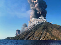 Stromboli taliansko sopka erupcia