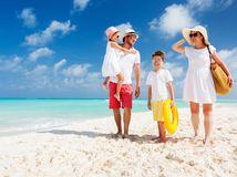 Chcete dovolenkovať mimo EÚ? Skončíte v karanténe, aj na dva týždne