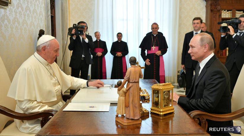 POPE-PUTIN/