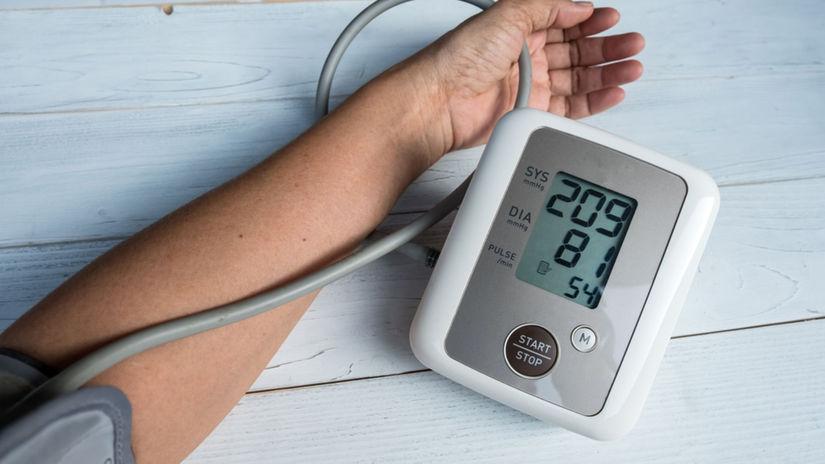 hypertenzia, krvný tlak, tlakomer