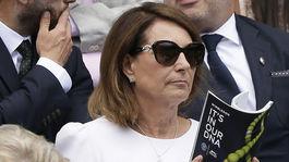 Carole Middleton, matka vojvodkyne Kate počas tenisového zápasu vo Wimbledone.
