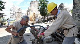 SR kultúra archeológia rekonštrukcia Viniansky hrad KEX