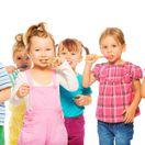 deti, umývanie zubov, zuby, dentálna hygiena, mliečny chrup,