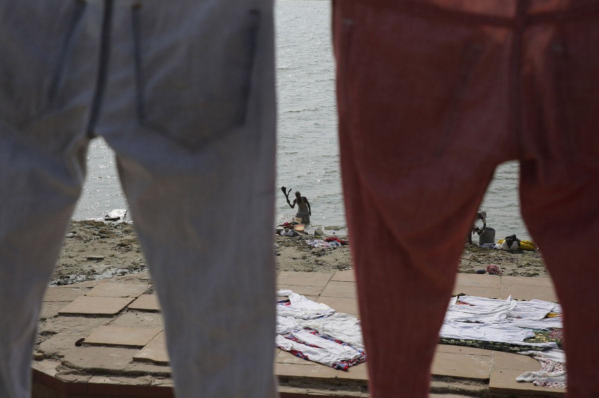 India, prádlo, pranie, rieka