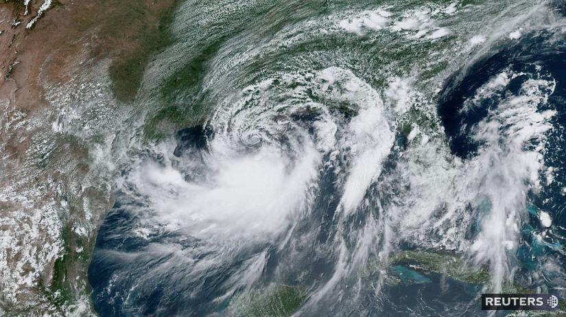 tropická búrka / Barry /