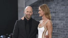Herec Jason Statham a jeho partnerka Rosie Huntington-Whiteley.