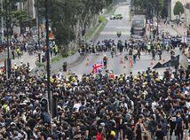 Hong Kong / demonštrácie /