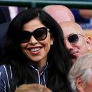 Šéf a zakladateľ Amazonu Jeff Bezos a jeho priateľka - moderátorka Lauren Sanchez, pre ktorú sa rozvádza.