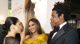 Meghan, vojvodkyňa zo Sussexu sa na premiére Levieho kráľa zhovárala s Beyoncé a jej manželom Jay-Z.
