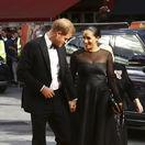 Vojvodkyňa Meghan na premiére! Zatienila Beyoncé, očarila aj s kilami po pôrode