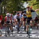 Sagan odrážal útoky a skončil v top 5. Etapu ovládol debutant