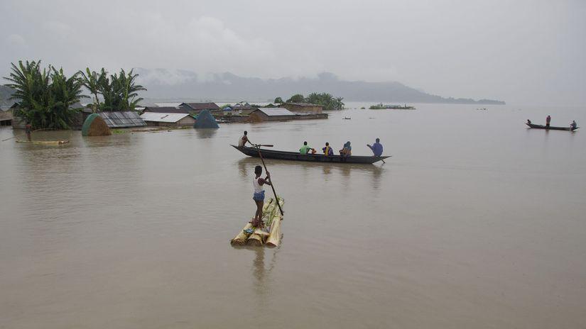 India, záplavy, brahmaputra, rieka, voda