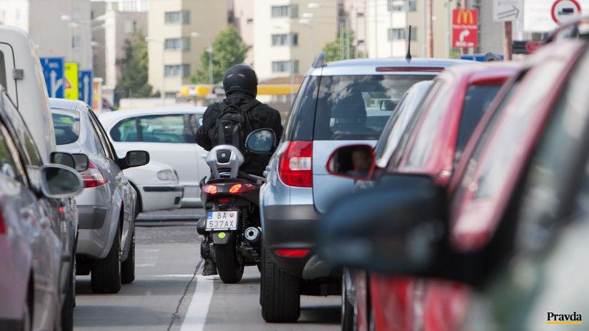doprava / motocykel / motorka / auto /