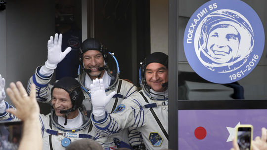 ISS, kozmonauti, Andrew Morgan, Luca Parmirtano, Alexander Škvorcov, bajkonur, vesmír