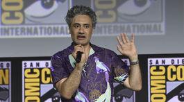 Režisér Taika Waititi bude režírovať aj ďalší film zo série o Thorovi.